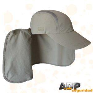 gorra con cubre cuello desmontable